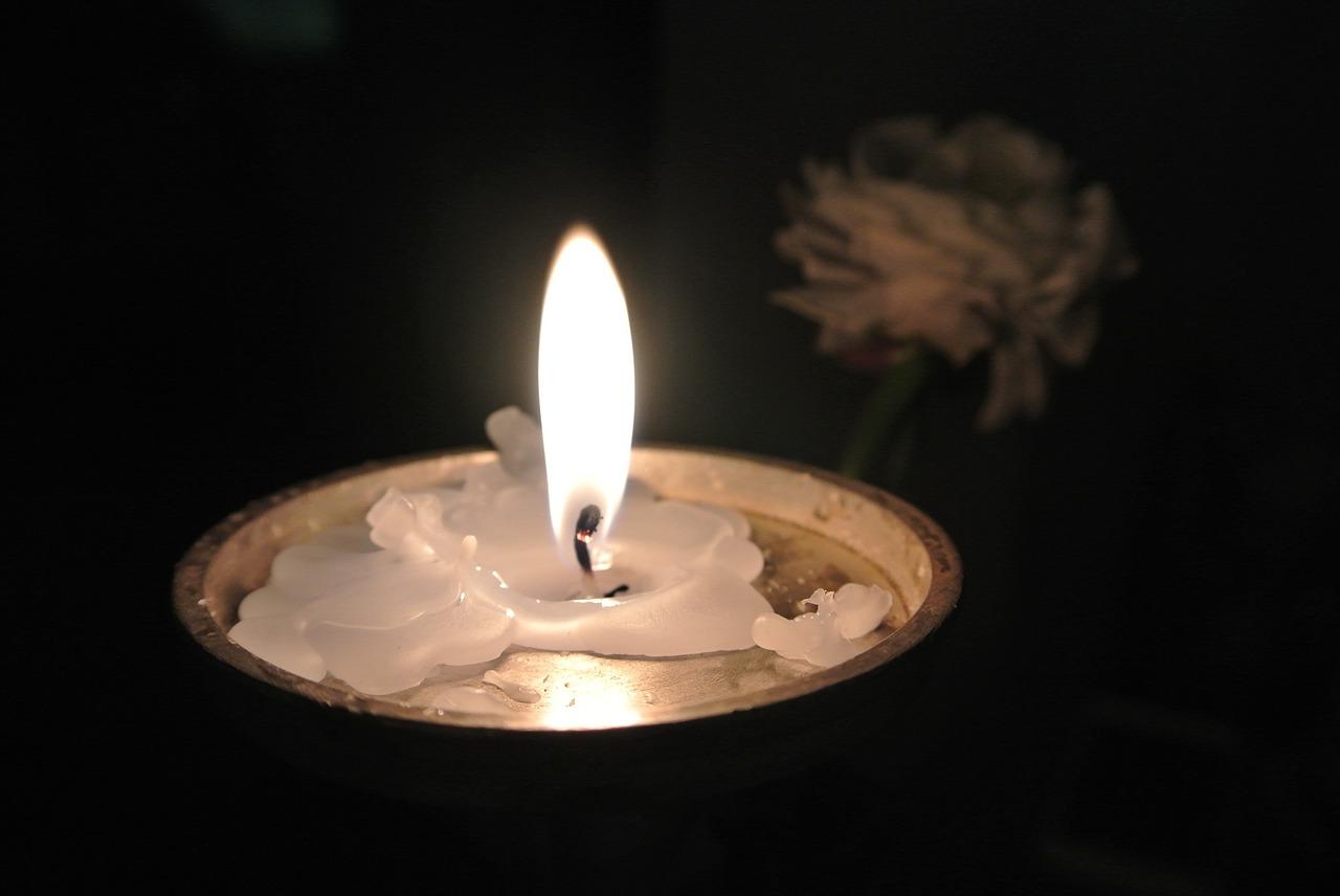 Z głębokim żalem zawiadamiamy, że 13 kwietnia<br />odeszła od nas<br />Ś.p. Bogumiła Pranga.<br />